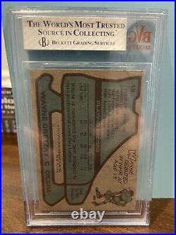 1979 Topps Wayne Gretzky Rookie Card GRADED Beckett 8