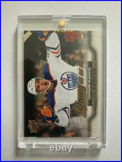 2015-16 CONNOR McDAVID CANVAS YOUNG GUNS ROOKIE CARD MINT