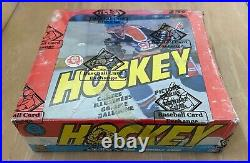 Vintage 1982-1983 Opc O-pee-chee Hockey Cards Wax Box Wrapped Bbce Non X Out